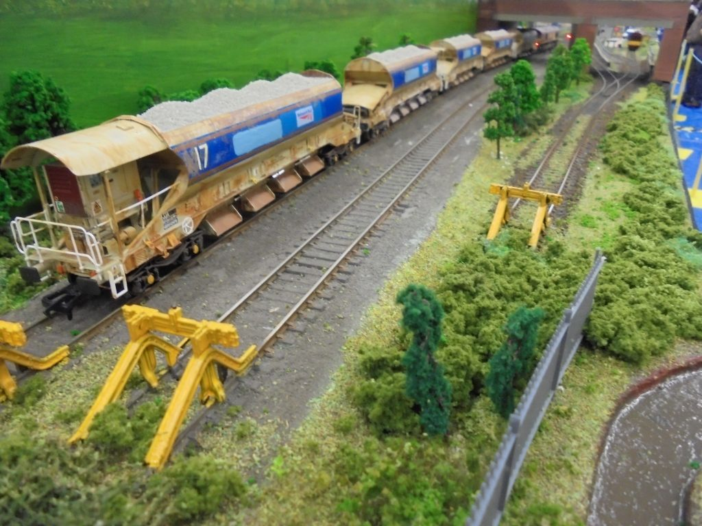Modern ballasting train at Smethurst Junction